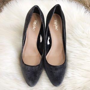 Mossimo Gray Purple Velvet Black Heels 8.5